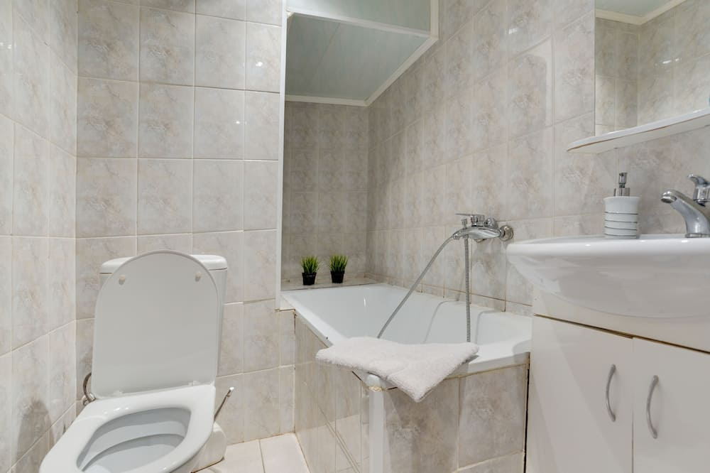 Dúplex, baño privado (122) - Baño