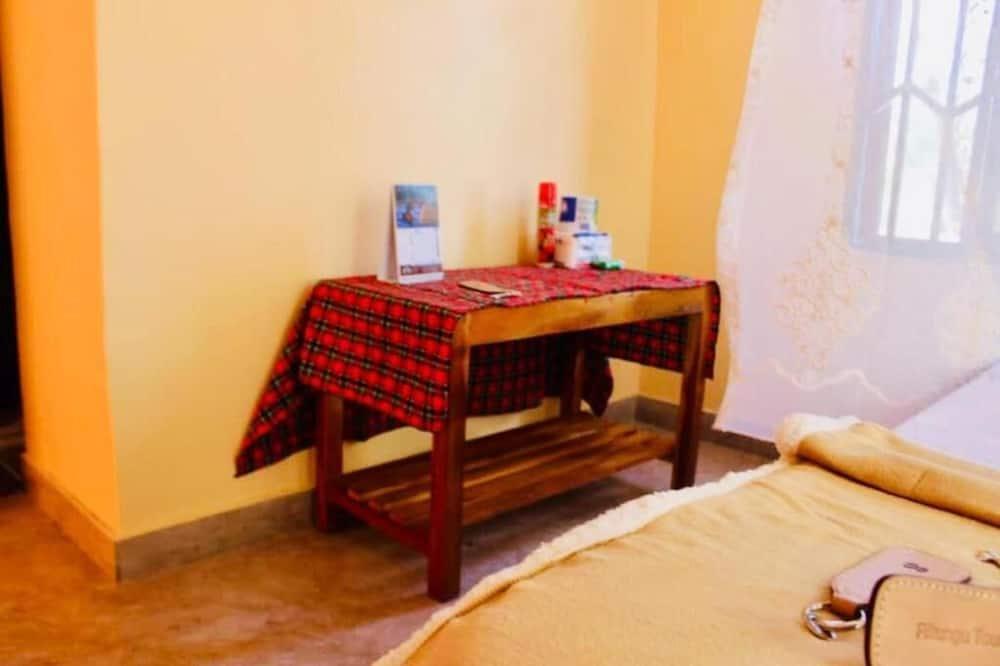 Szoba kétszemélyes ággyal - Nappali rész