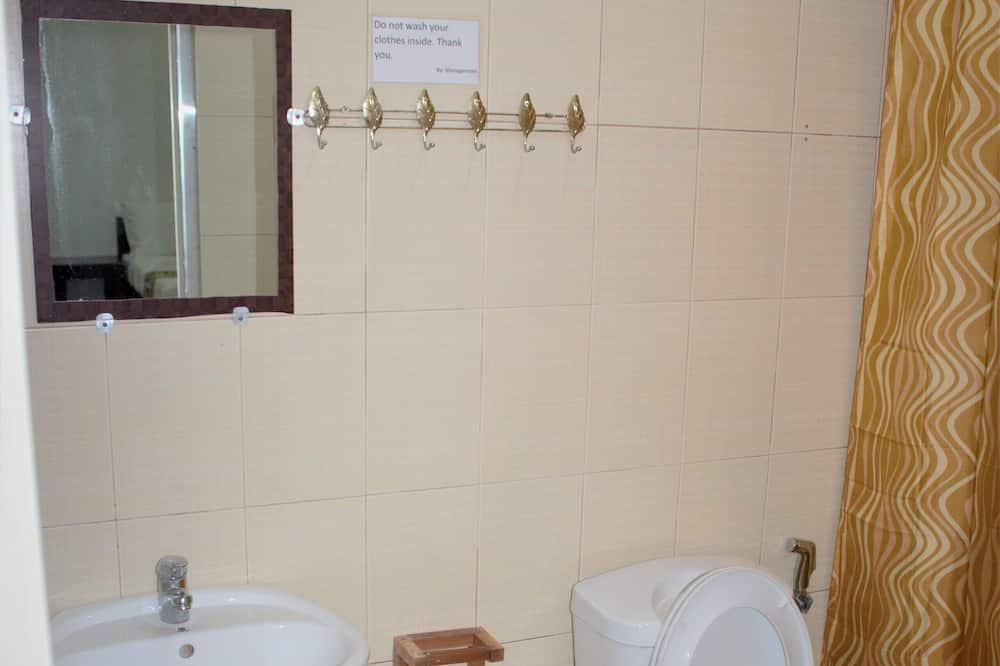 Kambarys šeimai (good for 5) - Vonios kambarys