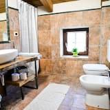 Tradičný loftový byt, kuchynka - Kúpeľňa