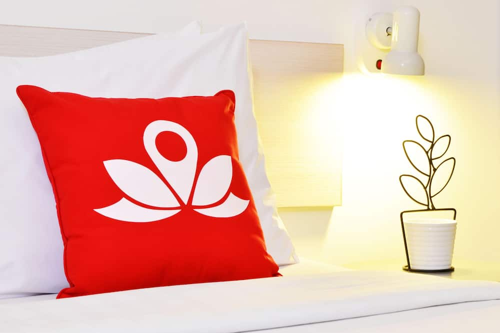 Bed in 30-Bed Male Dormitory Room - 客房