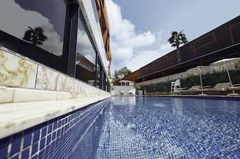 Akra — zdjęcie hotelu Bel Air Crest