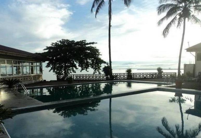 فيني داون تاون, ليمبي, حمام سباحة