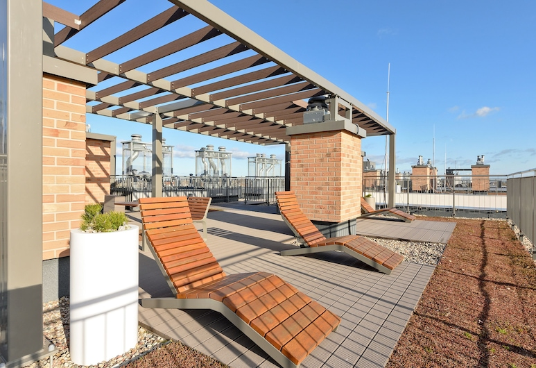 Blue Mandarin Apartments - Garden Gates, Gdansk, Terrasse/veranda