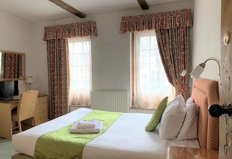 Ye Olde House, Shepperton, House, 3 Bedrooms, Room