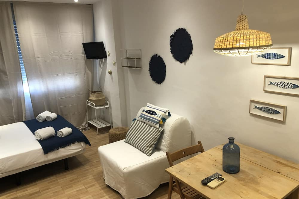 Studio, 1 Double Bed with Sofa bed, Sea View - Living Area
