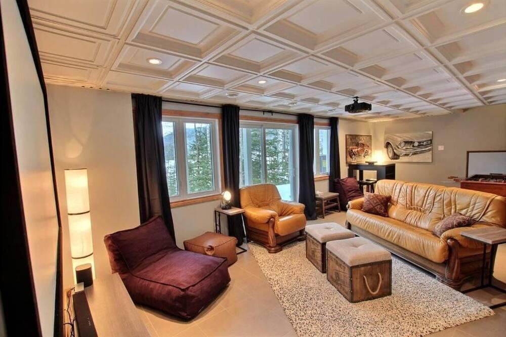 Chata, 3 ložnice, výhled na jezero - Obývací prostor