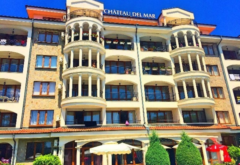 Apartment in Chateau Del Marina Apart Complex, Nessebar, Front of property