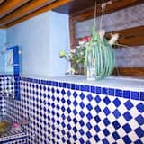 Üç Kişilik Oda (Chama) - Banyo