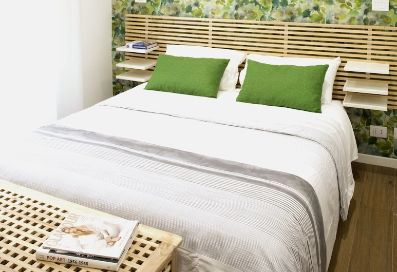 Four Elements , Rome, Standard Double Room (Earth), Guest Room