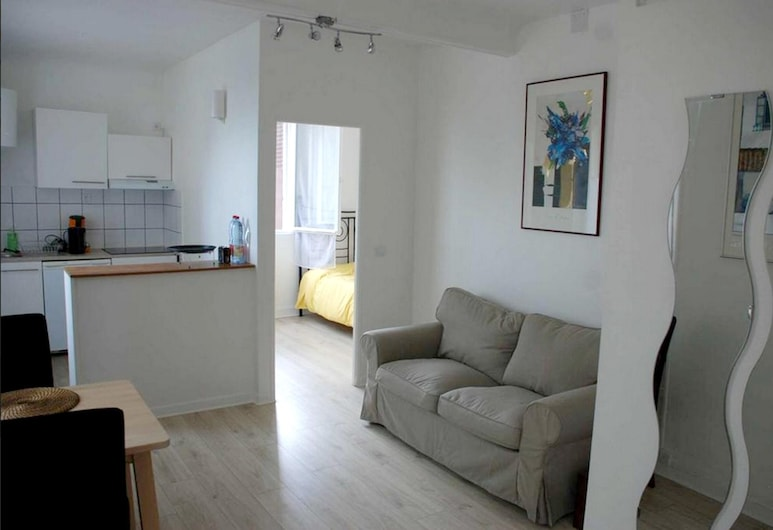 House With one Bedroom in Rosny-sous-bois, With Wonderful City View and Wifi, Rosny-sous-Bois, Sala de estar