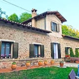 House With 4 Bedrooms in Ogassa, With Terrace and Wifi