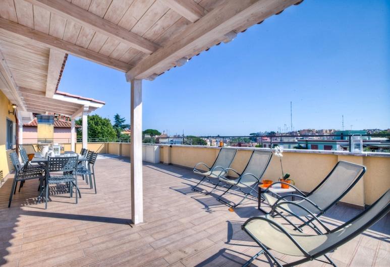 Vaticano Apartments - Sistine Chapel Area, Rome, City appartement, 3 slaapkamers, Uitzicht op de stad, Terras
