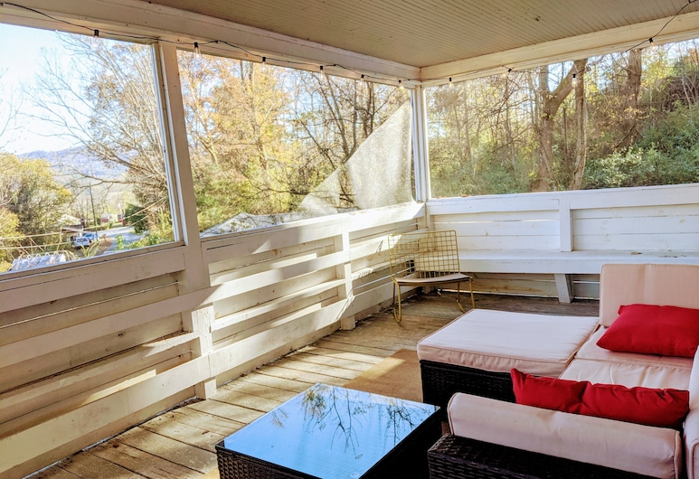 Charming Cottage min From Downtown and Pisgah NF, Brevard, Balkons
