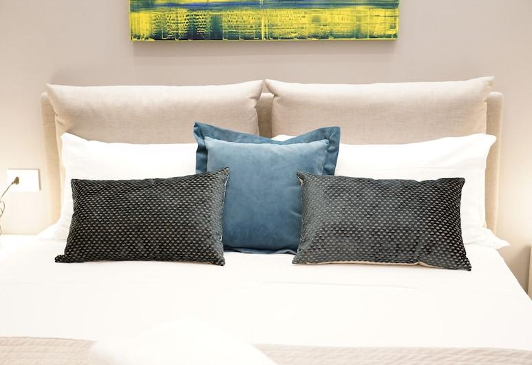 Three Houses Toledo, Napoli, Appartamento Comfort, Camera