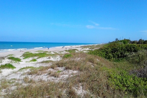 Indialantic-by-the-Sea--Sun,