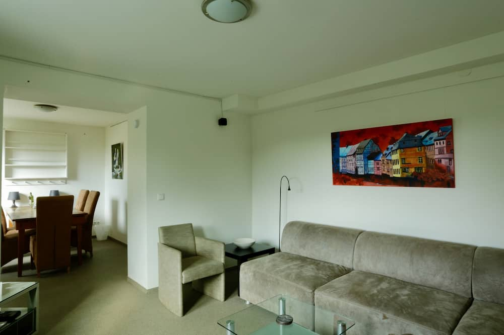 Comfort Apartment, 2 Bedrooms, Mountain View (Die Sonnenseite) - Living Area
