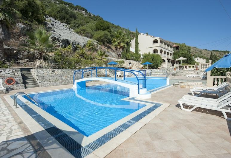 迪米特里奧斯公寓酒店, 科孚島, 泳池