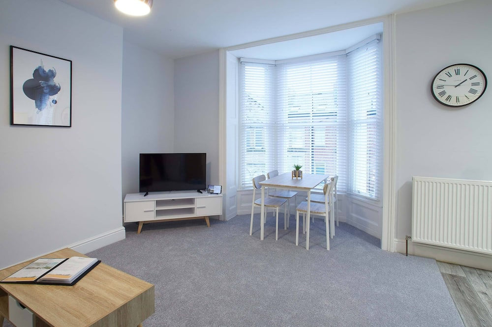 One-Bedroom Apartment - Living Area