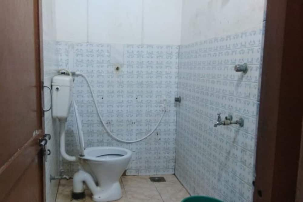 Pokój dla 1 osoby o podstawowym wyposażeniu - Łazienka