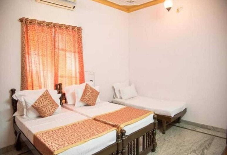 Shree Heritage Hotel, Udaipur, Living Room