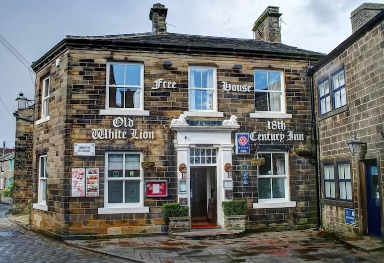 The Old White Lion Hotel, Keighley