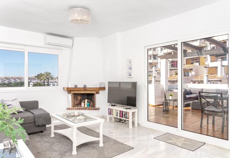 Terrific Bright Apartment with Private Terrace Ref 71, מיחאס