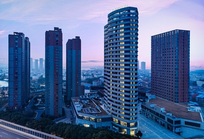 Somerset Zhuankou Wuhan, Wuhan