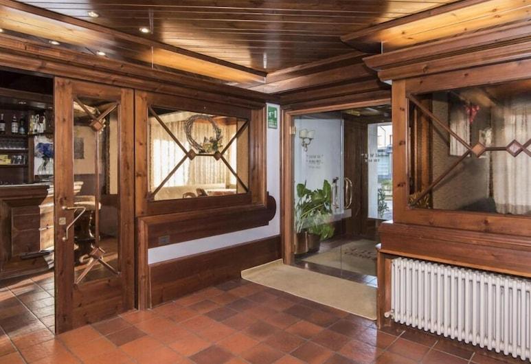 Hotel Al Sole, Pieve di Cadore, Interijer – ulaz