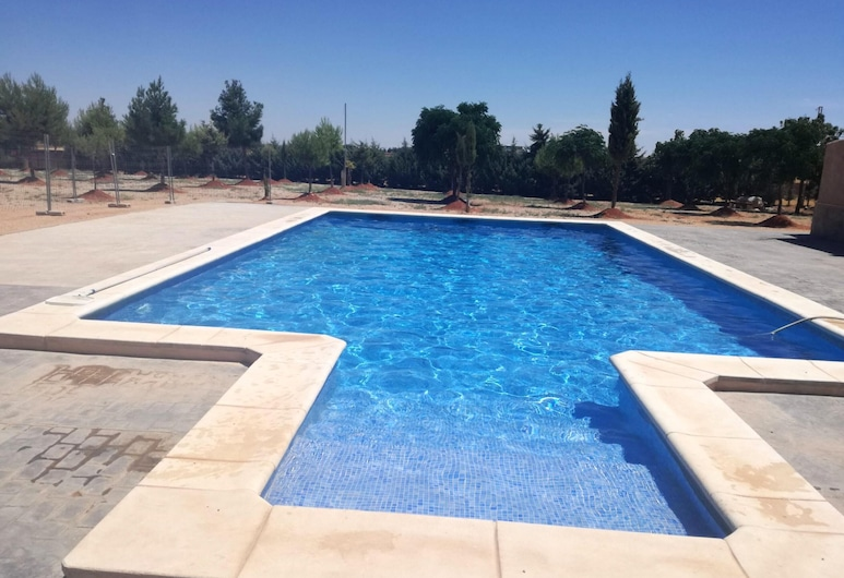 Villa With 4 Bedrooms in Villarrobledo, With Private Pool, Furnished Terrace and Wifi, Villarrobledo, Pool