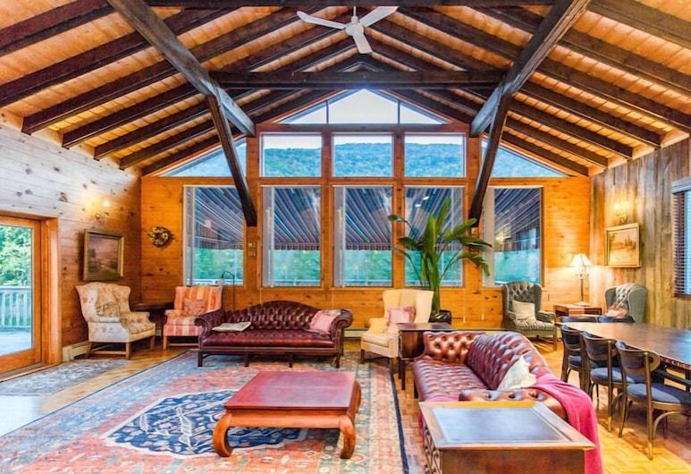Copperhood Retreat & Spa, Phoenicia