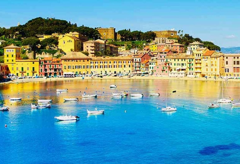 Apartment With 2 Bedrooms in Sestri Levante, With Wonderful sea View, Furnished Balcony and Wifi - 200 m From the Beach, Sestri Levante, Vue sur la plage/la mer