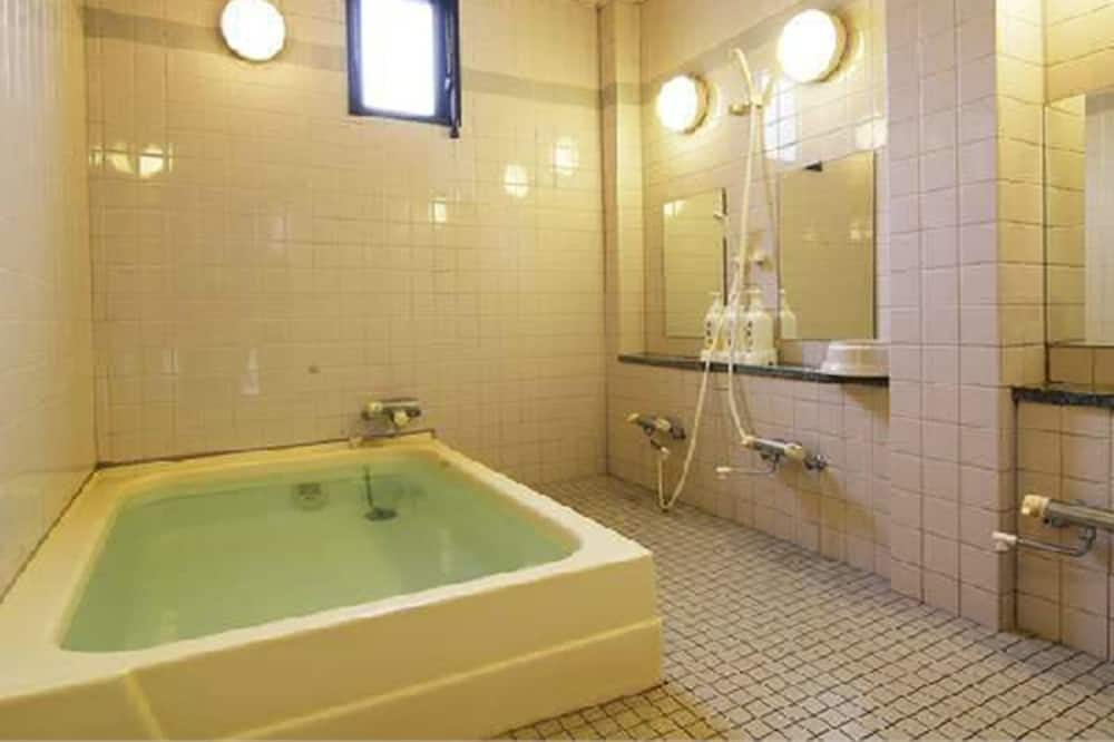 傳統客房, 吸煙房 (Japanese Style for 3 Guests) - 共用浴室