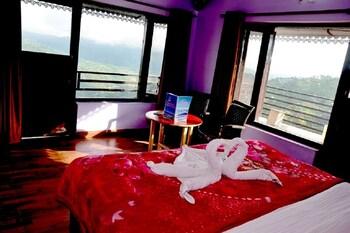 Picture of Lord Krishna Himalayan Hotel & Restaurant in Nainital