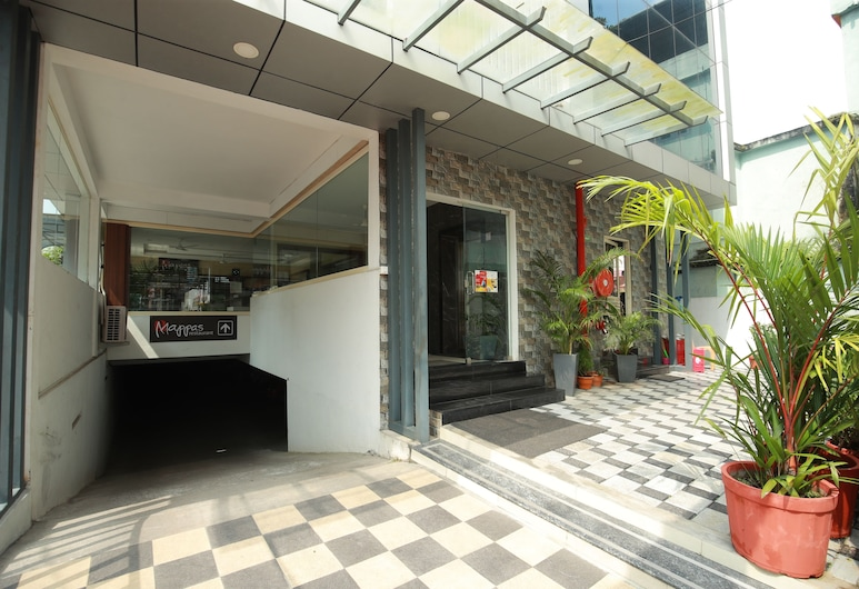 The Chandy's- Your hotel people, Ernakulam, Eingangsbereich