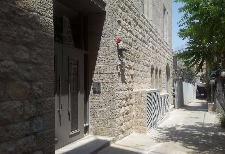 MBH6 - מעבר בית הכנסת 12 - Jerusalem-Rent, ירושלים, הכניסה אל הנכס