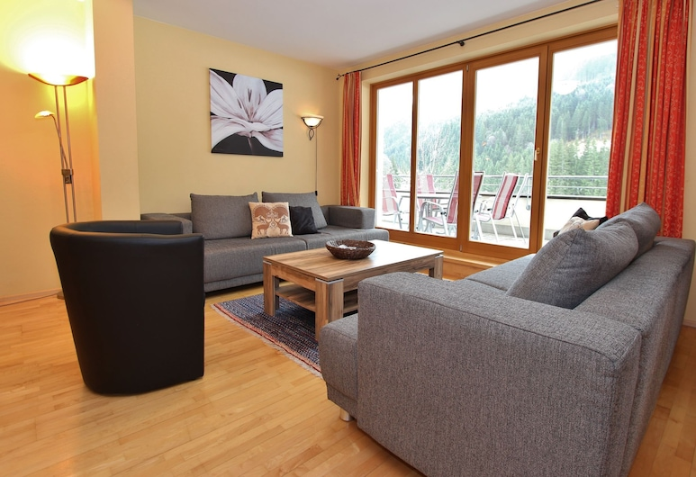 Modern Apartment in Saalbach-hinterglemm With Garden, Saalbach-Hinterglemm