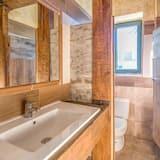 Spoločná zdieľaná izba typu Basic (1 bed in a 15-Bed Dormitory Room) - Kúpeľňa