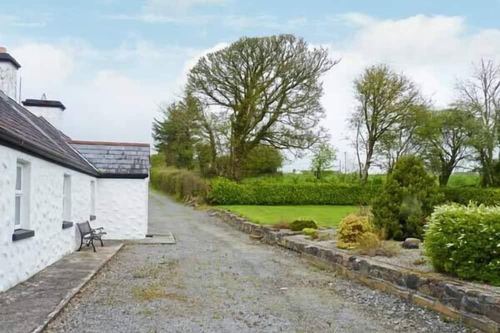 Cottage - Kawasan Hartanah