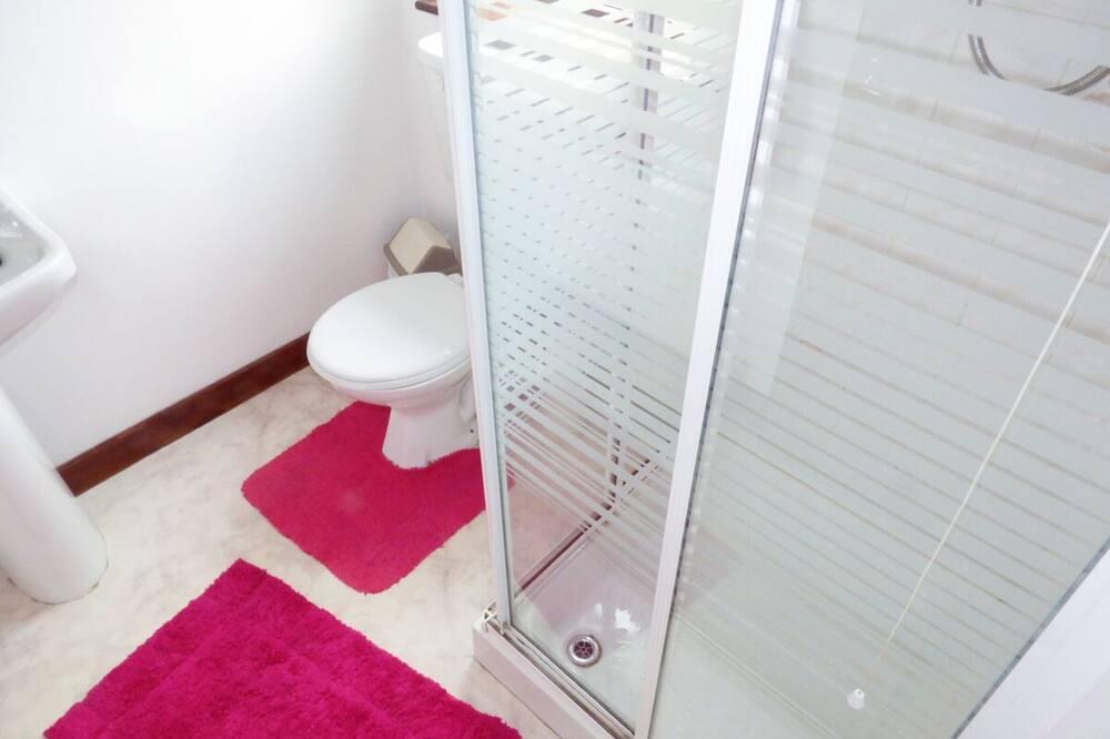 Kotedžas - Vonios kambarys