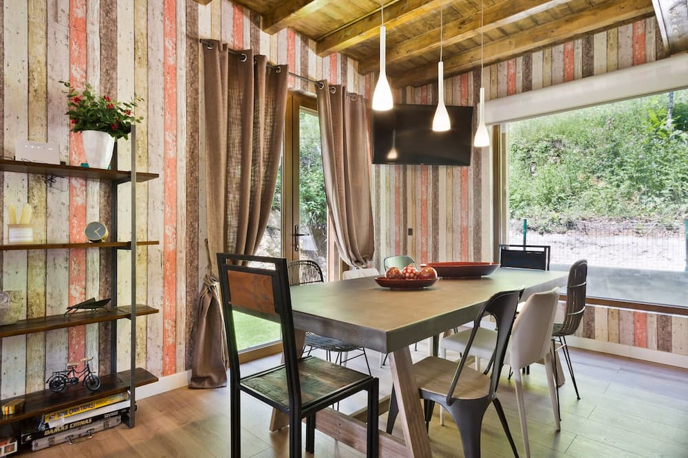 House, 4 Bedrooms, Mountain View, Mountainside - In-Room Dining