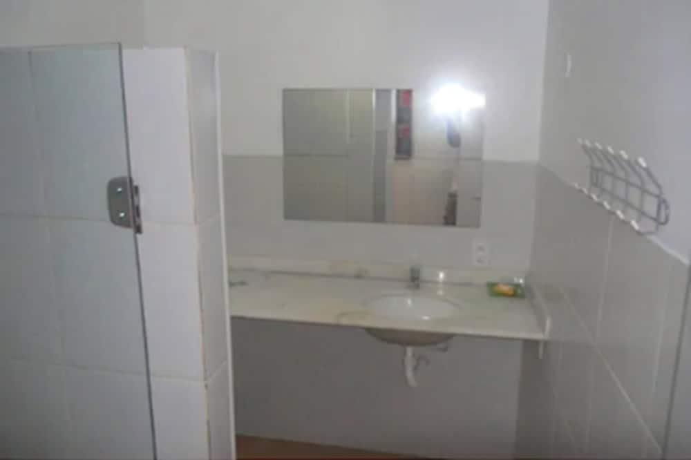 Appartement, véranda - Salle de bain