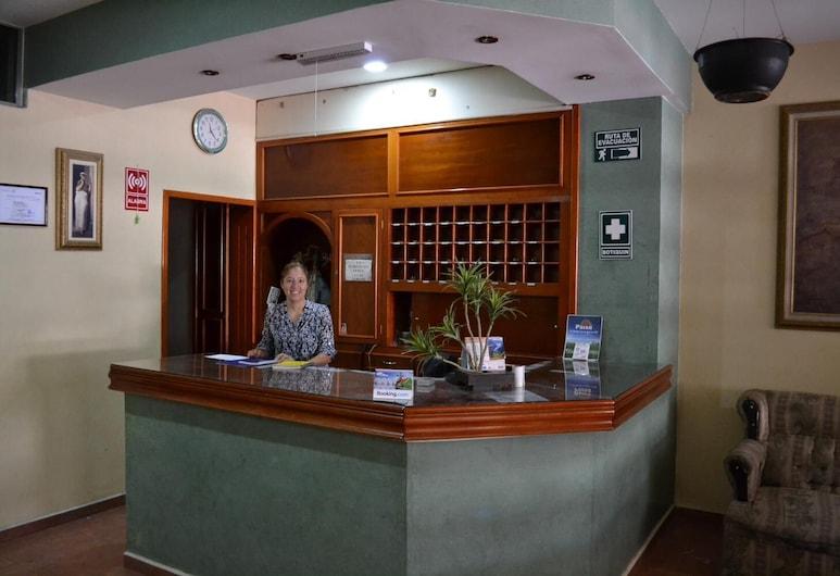 Hotel San Angel, San Juan de los Lagos, Lobi