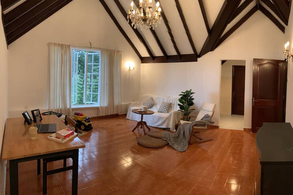 Zimmer (Aster Suite) - Wohnbereich