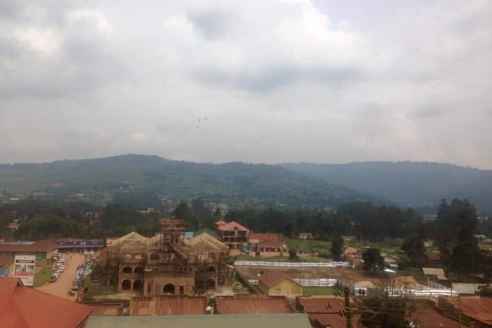 Classic Room - City View