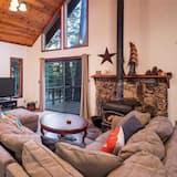 Māja, vairākas gultas (Bring the Whole Family & Pet Too! #24) - Dzīvojamā istaba