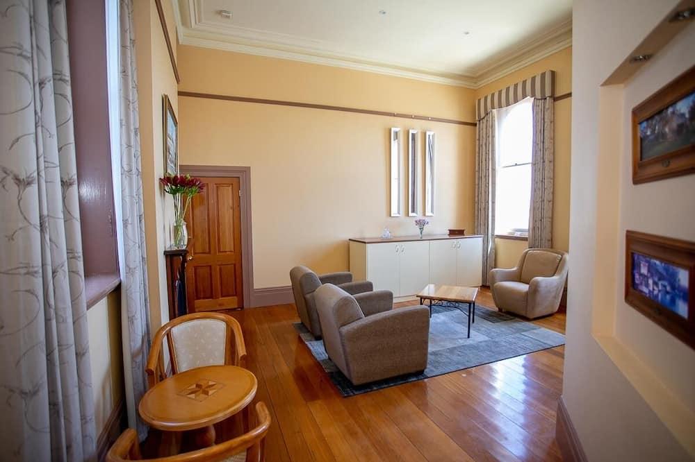 Exchange Suite - Living Area