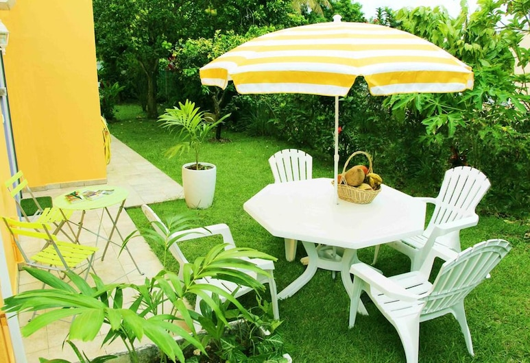Apartment With one Bedroom in Baie Mahault, With Furnished Garden and Wifi, Baie-Mahault