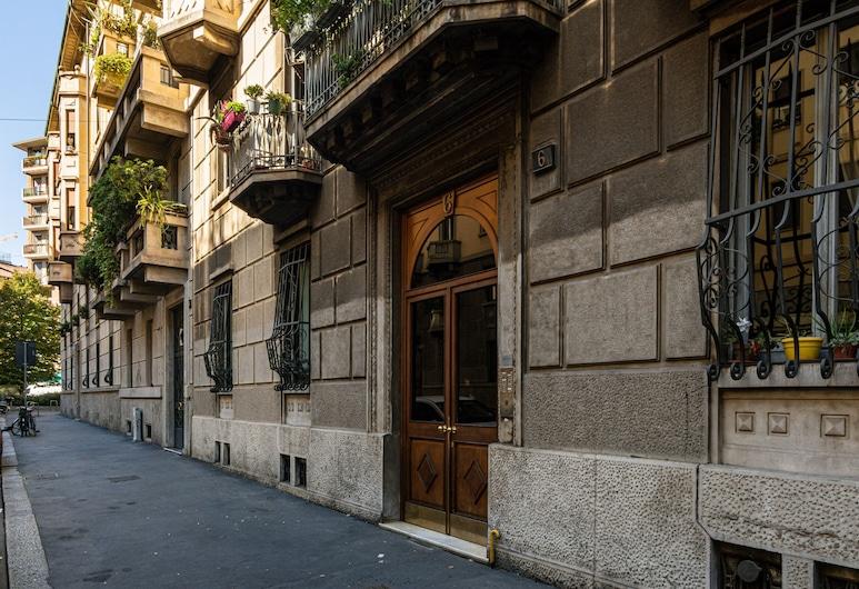 Guercino - Apartment Porta Garibaldi, Milano