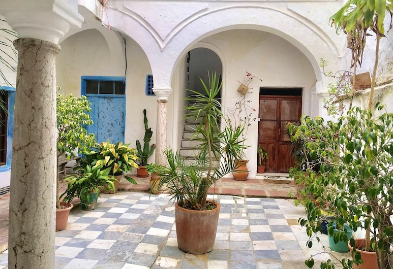House With 3 Bedrooms in Tarifa, With Wonderful City View, Furnished Terrace and Wifi - 500 m From the Beach, Tarifa